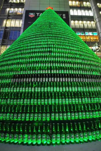 Sapin de noel en bouteille by Heineken