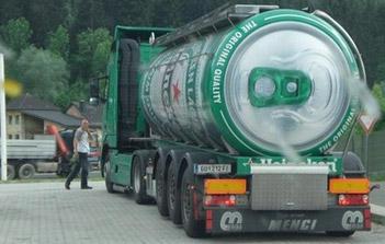 Street Marketing camion bière Heineken